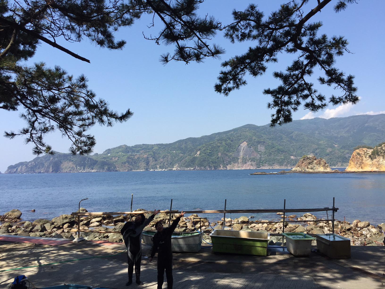 静岡県西伊豆町黄金崎公園ビーチの海