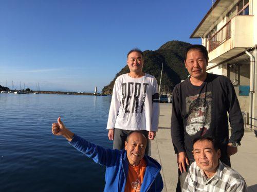 19-11-10akara_team